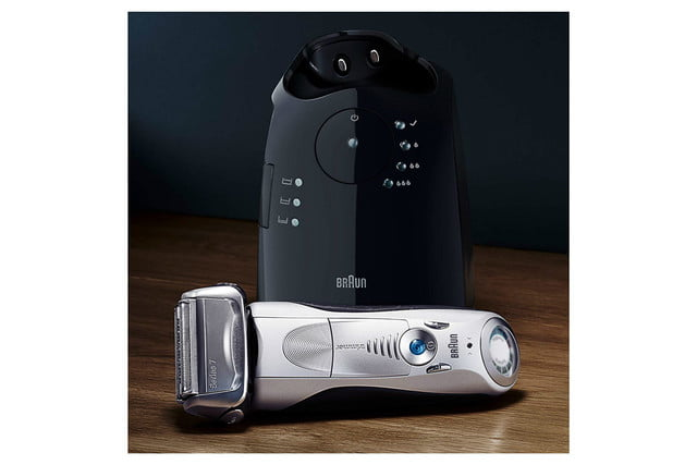 braun series 7 cordless electric shaver station 2