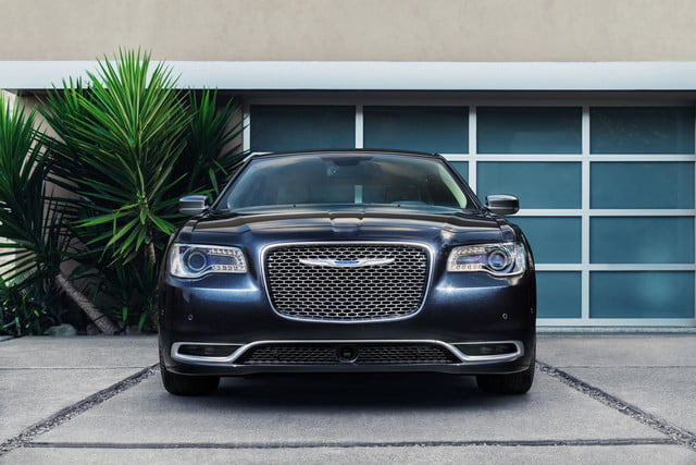 2015 chrysler 300 official specs pictures and performance digital trends 2015 chrysler 300 official specs
