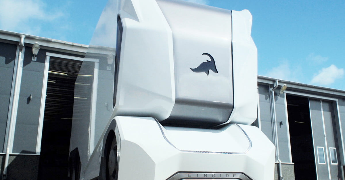 Einride Wants Remote Pilots for Its Driverless Pods   Digital Trends