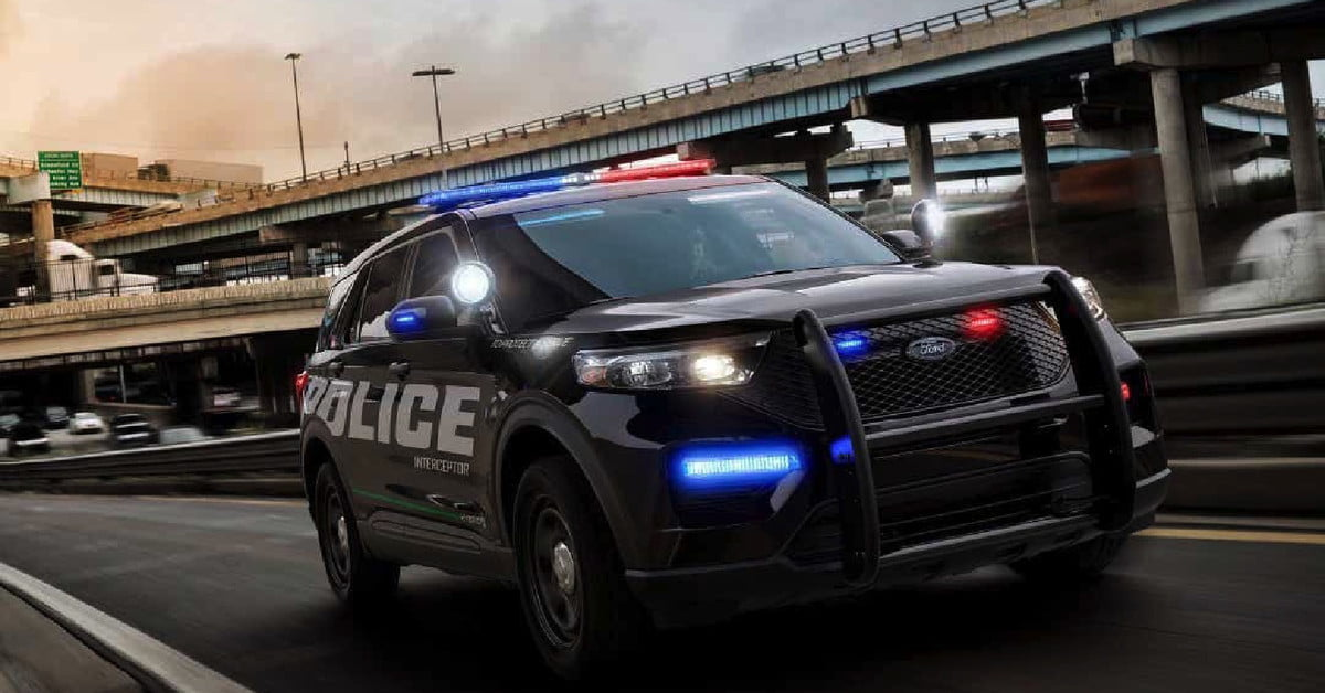Ford will sanitize its police SUVs by blasting them with massive amounts of heat