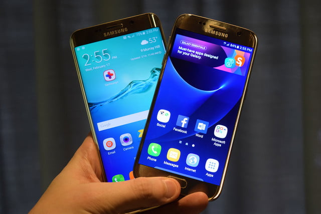 samsung galaxy s7 news and edge together in hand