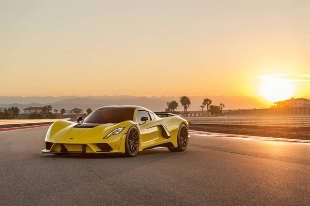 The Fastest Cars in the World | Digital Trends