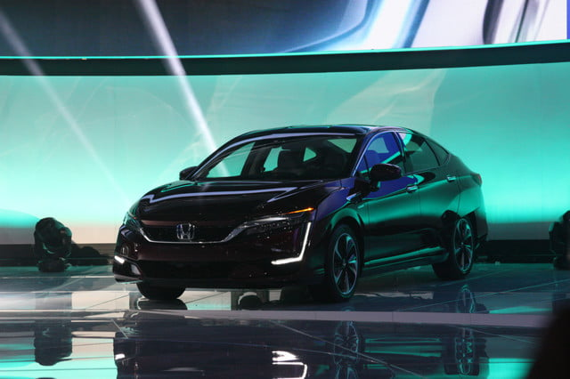 honda clarity plug in hybrid news specs performance range debut
