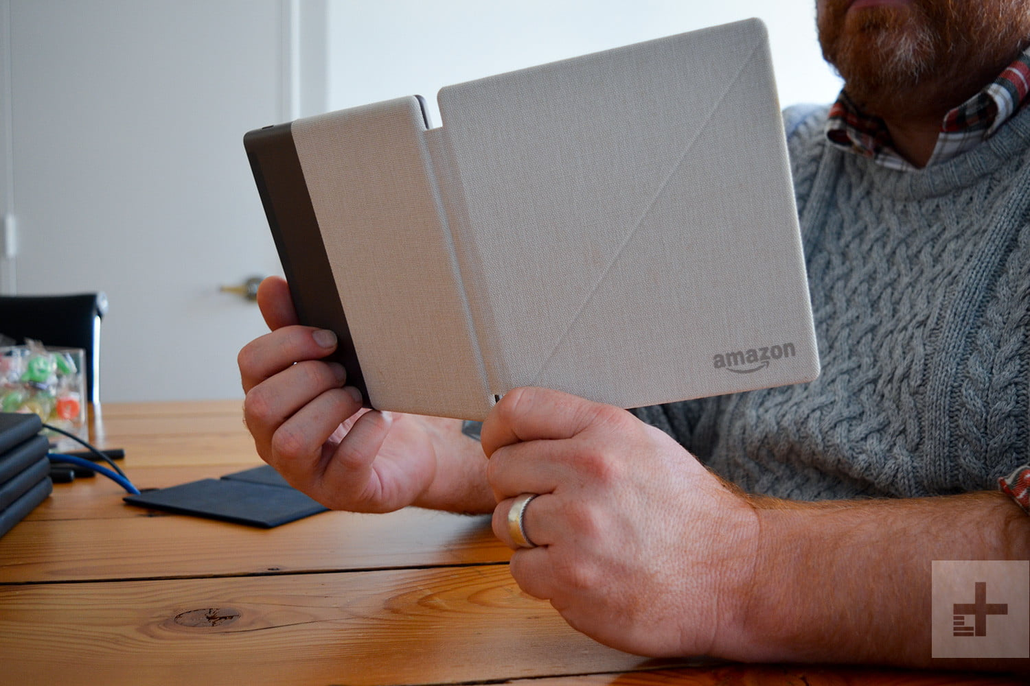 Kindle Oasis (2017) Review | Digital Trends