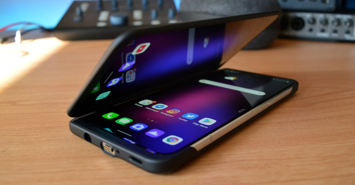 LG V60 ThinQ Dual Screen Review: Flagship Spec, Meh Features | Digital Trends