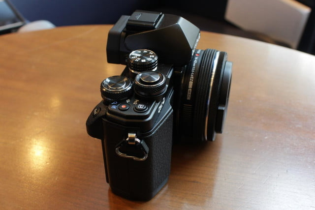 olympus gives entry level om d e m10 mirrorless camera big upgrades e10mkii 22