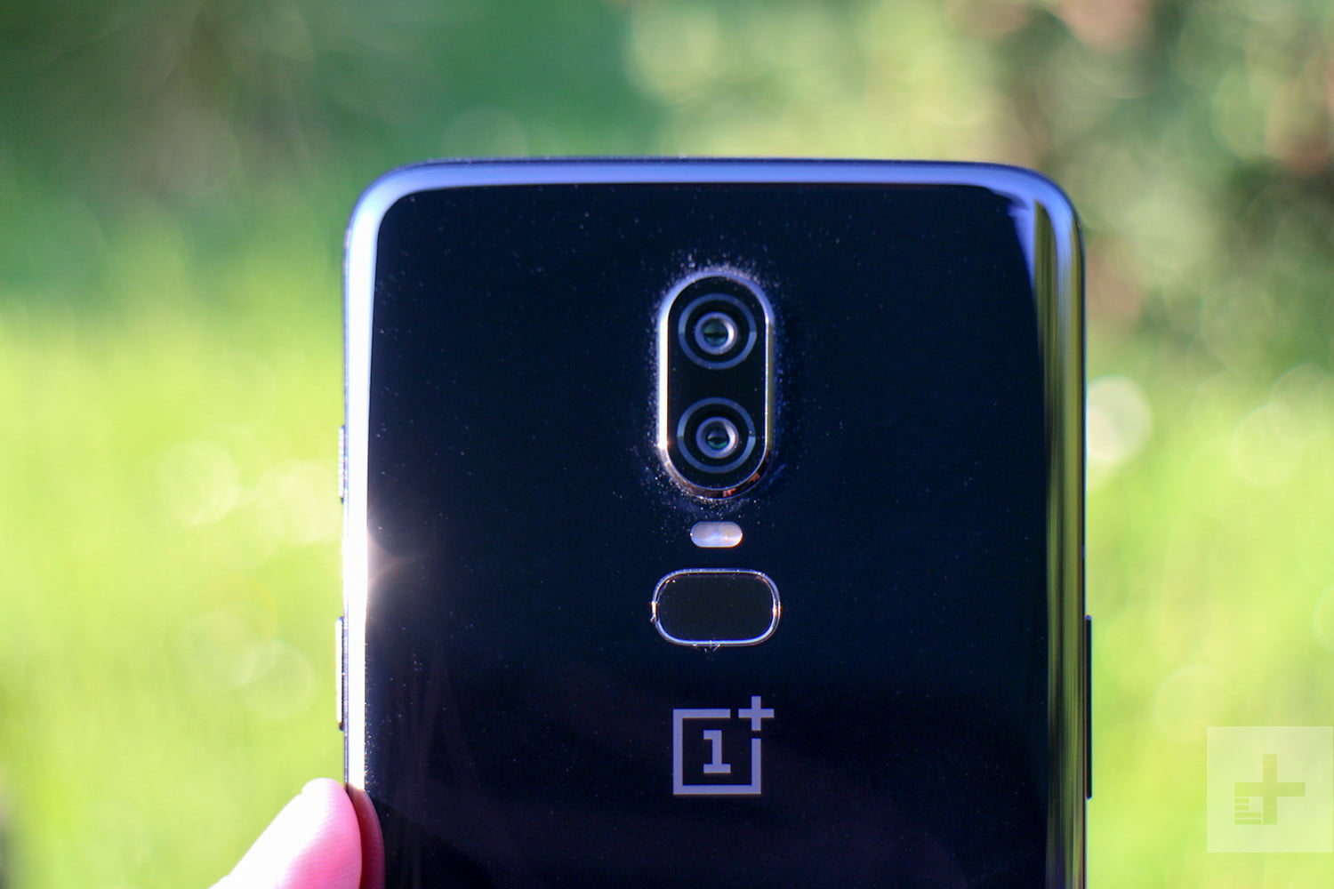 OnePlus 6 vs  OnePlus 3T vs  OnePlus 3: Should You Upgrade