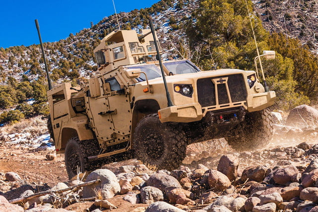 oshkosh 6 75b military contract pictures specs news jltv 0015
