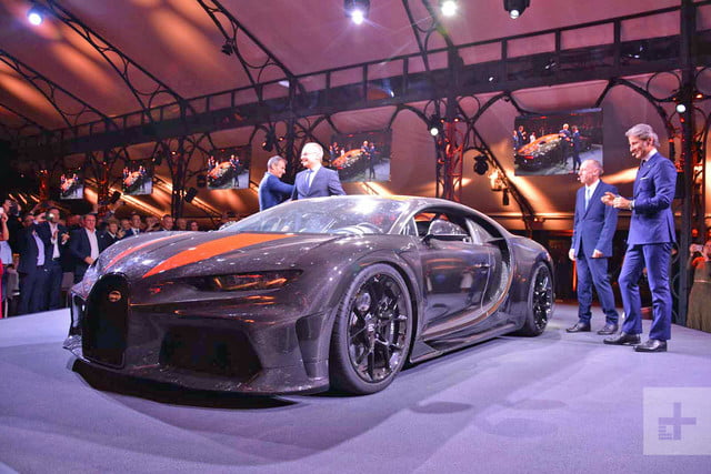 304-MPH Bugatti Chiron Becomes the Fastest Car in the World