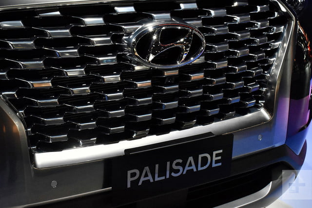 2020 hyundai palisade seats eight comes with useful tech se live 6