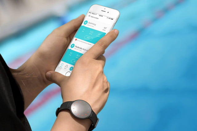 Misfit's Swim Tracker Brings More Features and a Higher