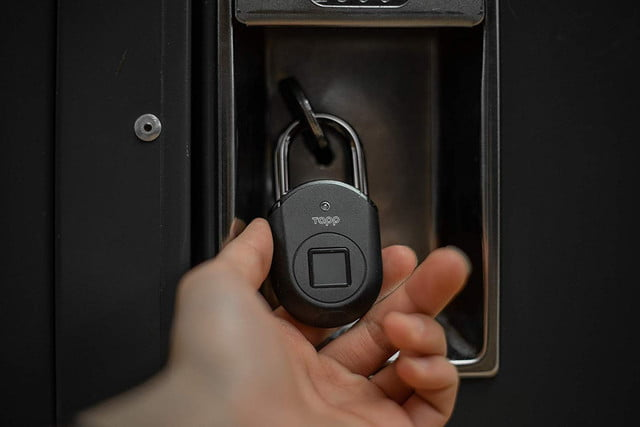 protect your stuff with a keyless fingerprint access tapplock lite padlock 04  1