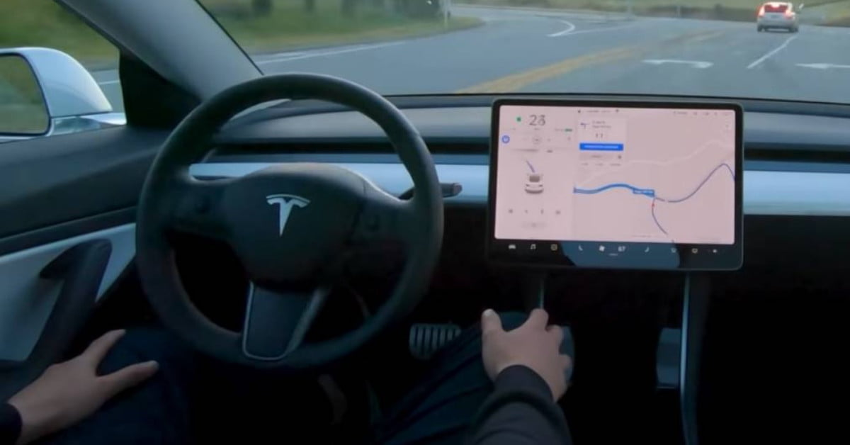 Tesla debuts 'Full Self-Driving' beta, but it comes with a warning