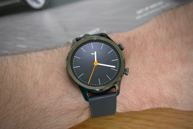 mobvoi ticwatch c2 plus review classic black face