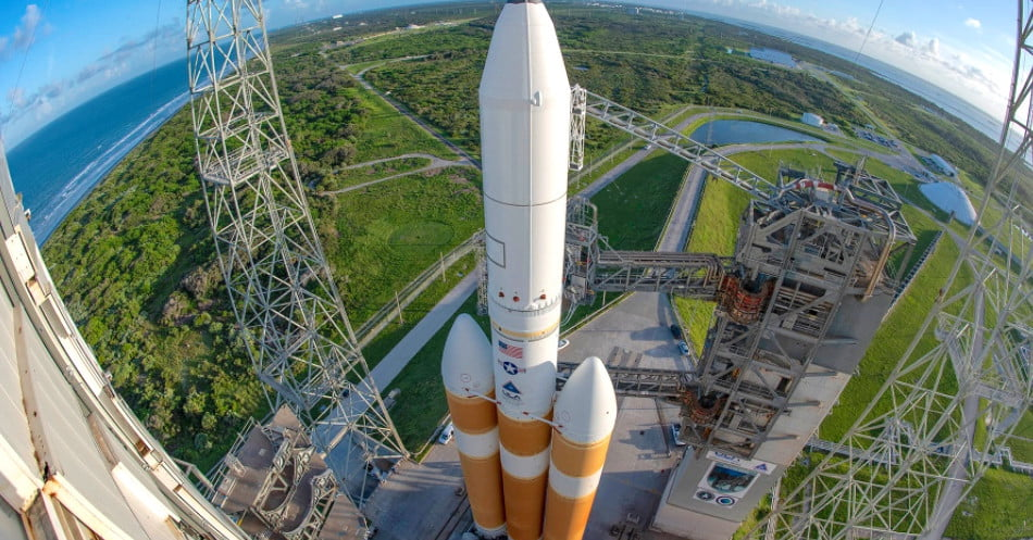 ULA scrubs launch of mighty Delta IV Heavy rocket with seconds to go