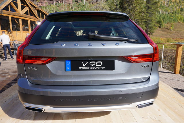 volvo v90 cross country news specs pictures 016
