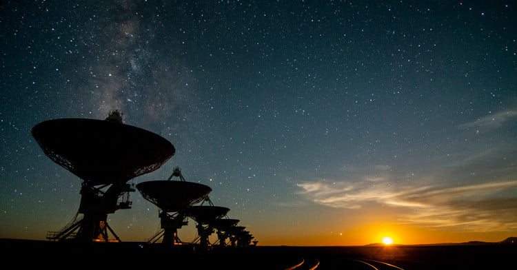 Searching for Evidence of Life at the Heart of the Milky Way | Digital Trends