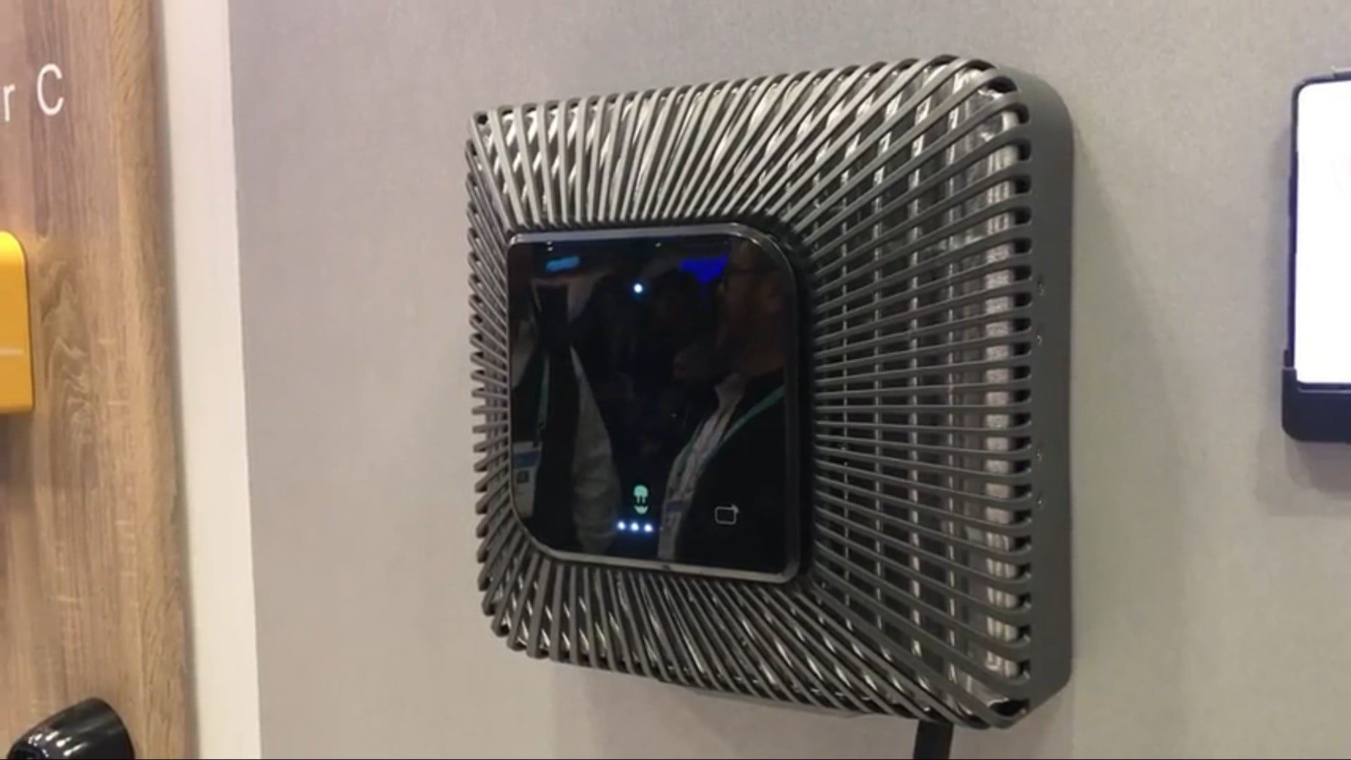 wallbox quasar bidirectional EV charger