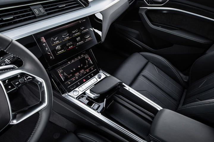 audi e tron suv electrica 2019 revision first drive press 13