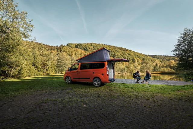 ford nugget custom transit wolkswagen 2019ford transitcustomnugget 14 700x467 c