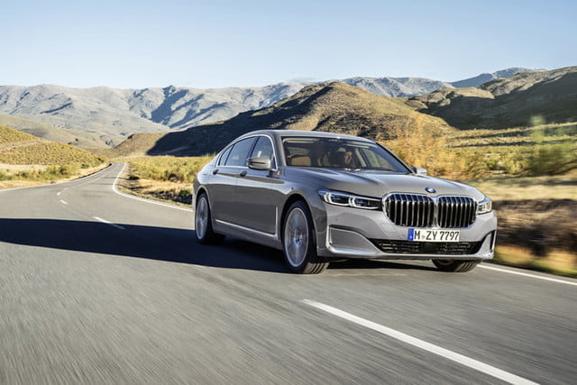 bmw serie 7 2020 official 2 700x467 c