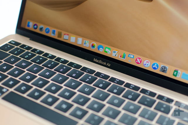 revision macbook air 2018 apple hands on 2 800x534 c