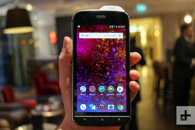 cat s61 android mwc front full 800x533 c