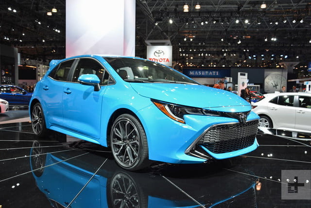 lo mejor auto show ny 2018 dt new york 2019 toyota corolla hatch 1 720x480 c