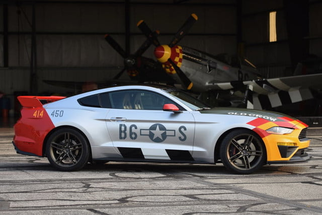 ford mustang p 51 old crow gt 3 700x467 c