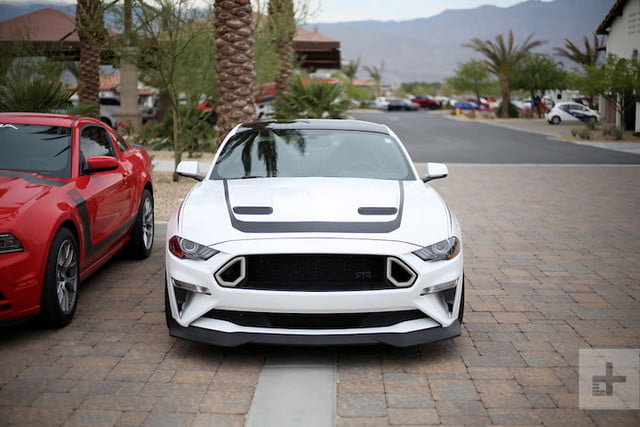 probando ford mustang thermal club est 3
