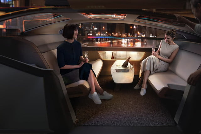 volvo conceptual autonomo 360c interior party 700x467 c