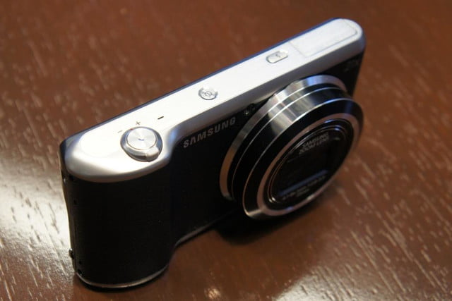 samsung announces nx30 mirrorless camera and android powered galaxy 2 dsc08174