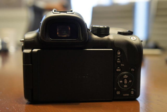 samsung announces nx30 mirrorless camera and android powered galaxy 2 dsc08193