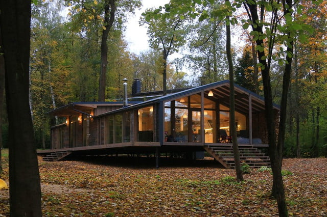russian cabin built in just 10 days dubldom exterior 3
