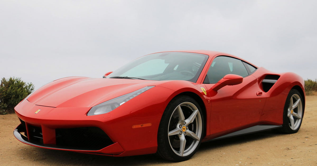 2016 ferrari 488 gtb first drive digital trends. Black Bedroom Furniture Sets. Home Design Ideas