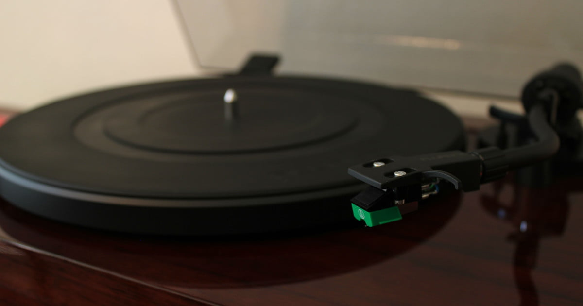 Fluance S Rt80 Rt81 Turntables Remind Us Why Vinyl Rocks