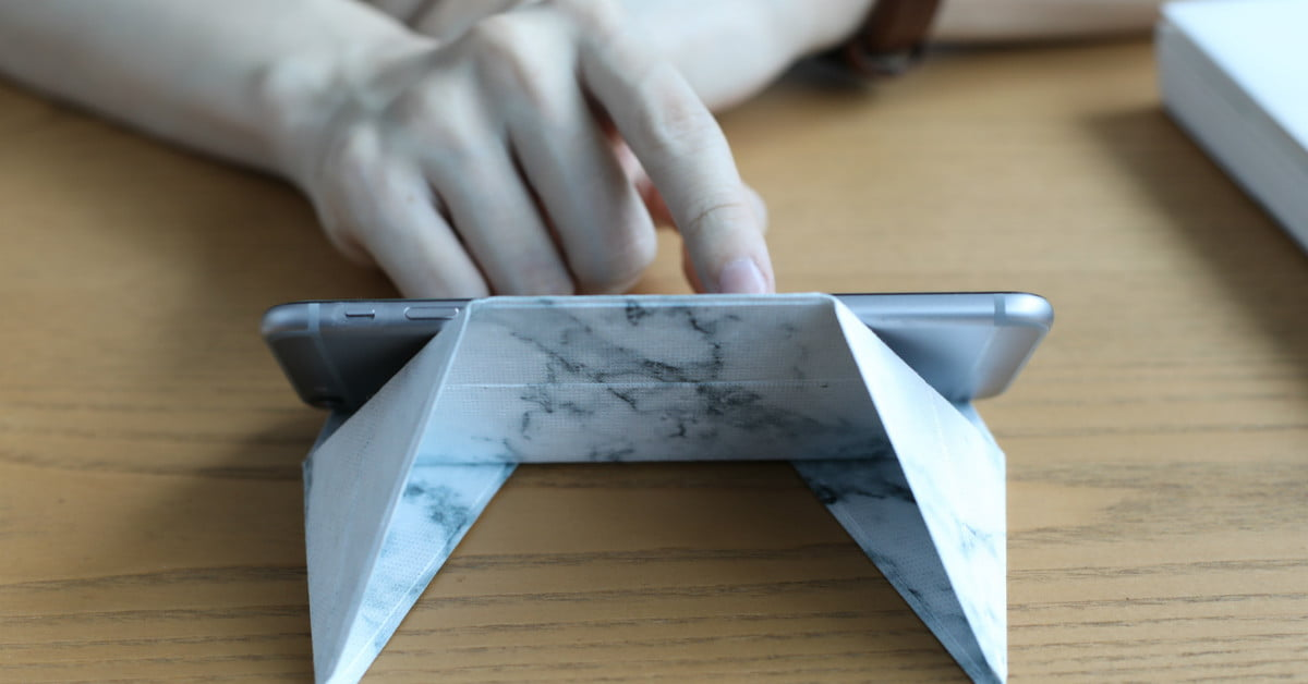 Folding Fodi Phone Stand Uses Origami Techniques To Give It Great Strength