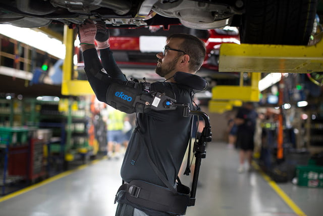 ford workers exoskeleton vests 4
