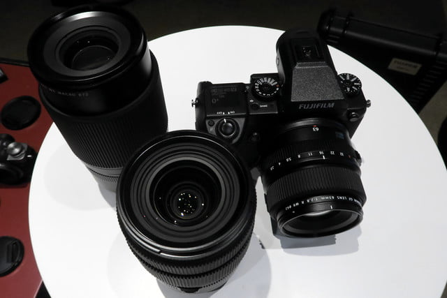 fujifilm reveals pricing availability game changing medium format gfx 50s 8