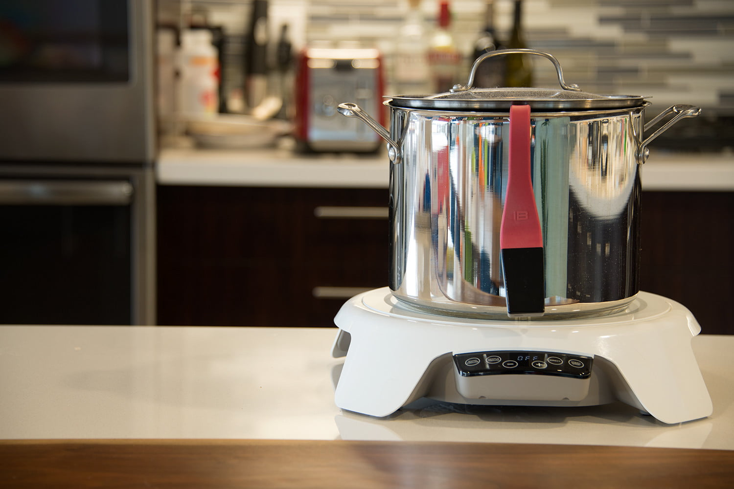 At CES and KBIS, connected smart appliances begin to deliver a smarter kitchen