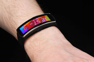 Samsung Gear Fit: 7 Problems Users Have, How to Fix Them | Digital