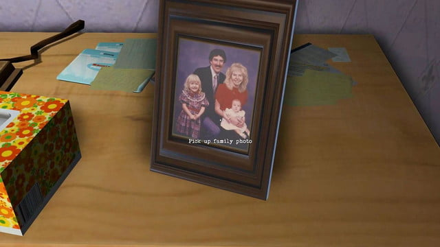 Gone Home game screenshot pick up family photo
