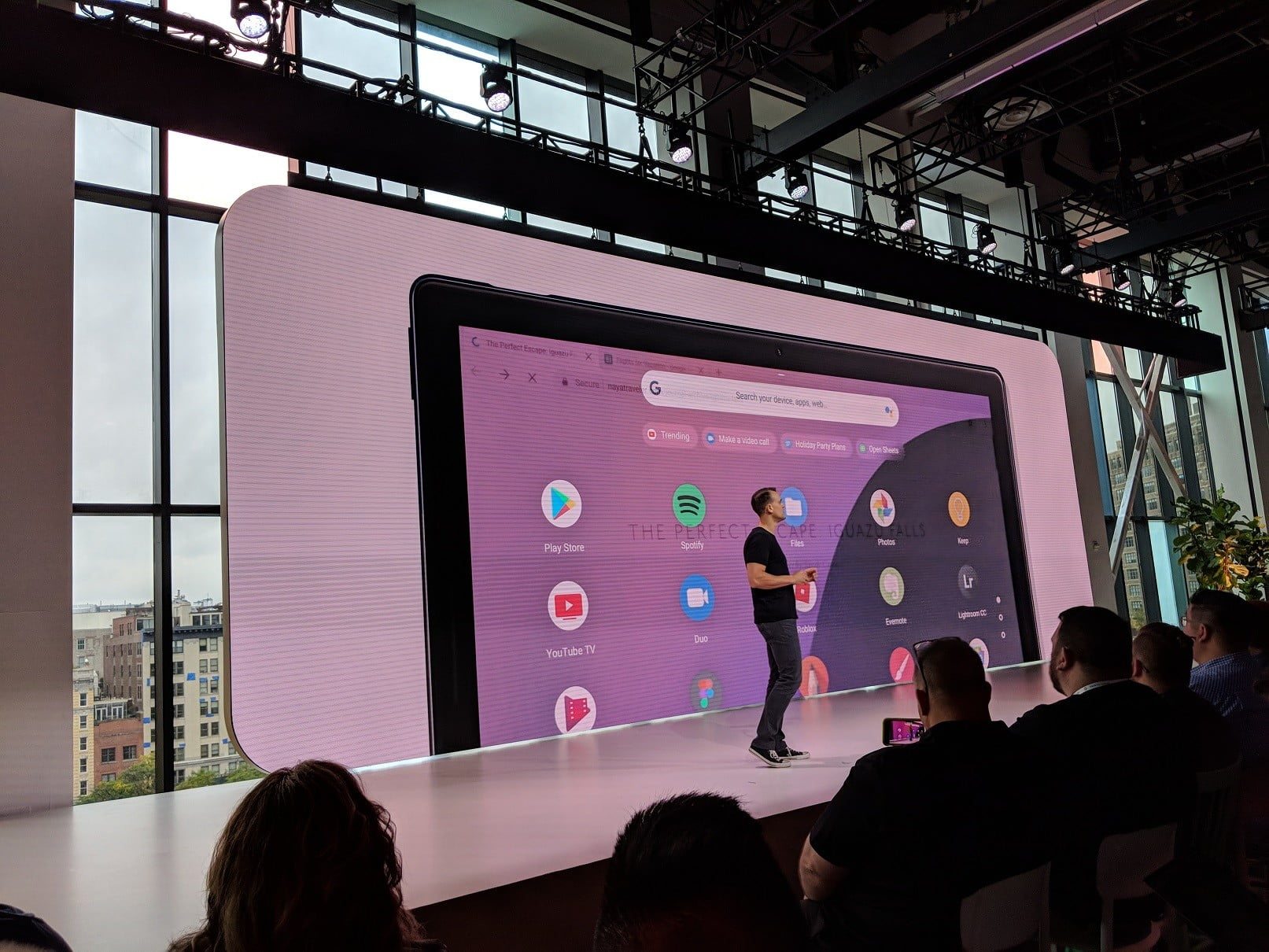 google unveils new pixel slate to take on apples ipad screen nyc