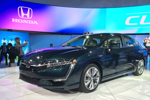 honda clarity plug in hybrid news specs performance range front end