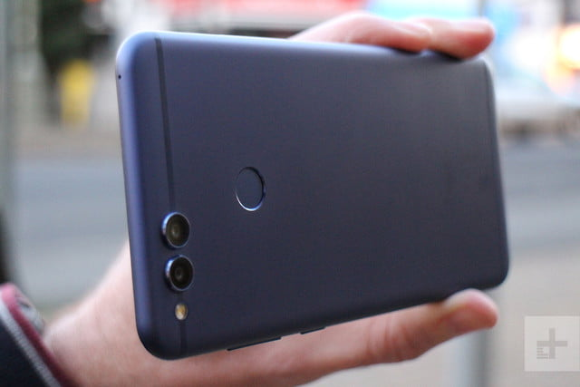 honor 7x review camera back