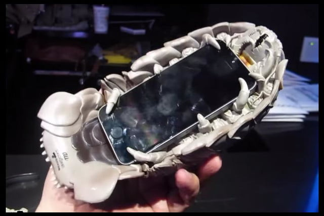 giant isopod iphone case is utterly terrifying base