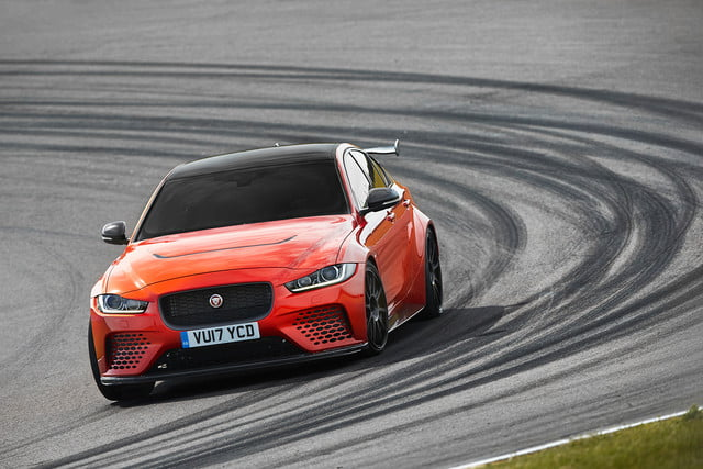 Jaguar-XE-SV-Project 8 track 2