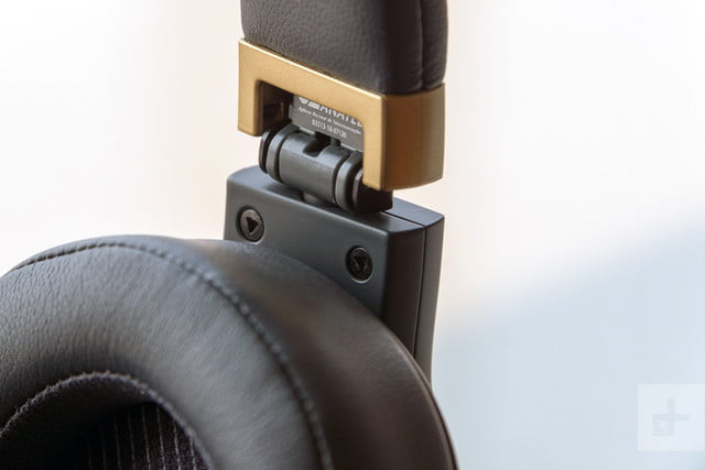 JBL E55 BT Quincy Edition review kit