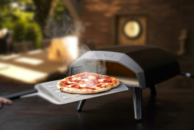ooni koda 60 second pizza oven kodaoutdoorkitchen