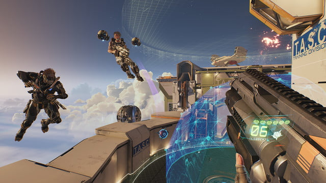 LawBreakers Review sky battle near an objective